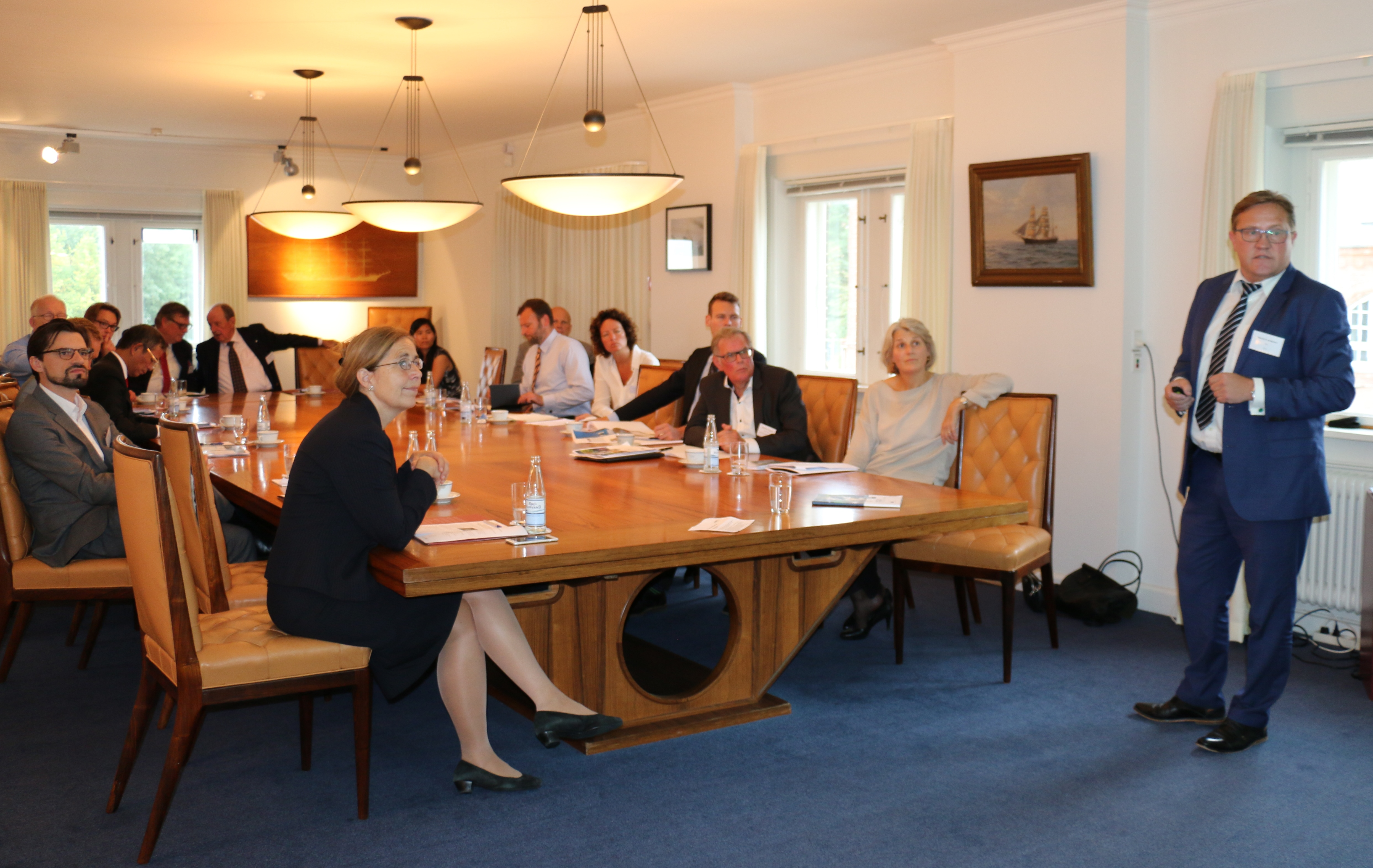Roundtable discussion in Asia House on the new EU-Vietnam FTA